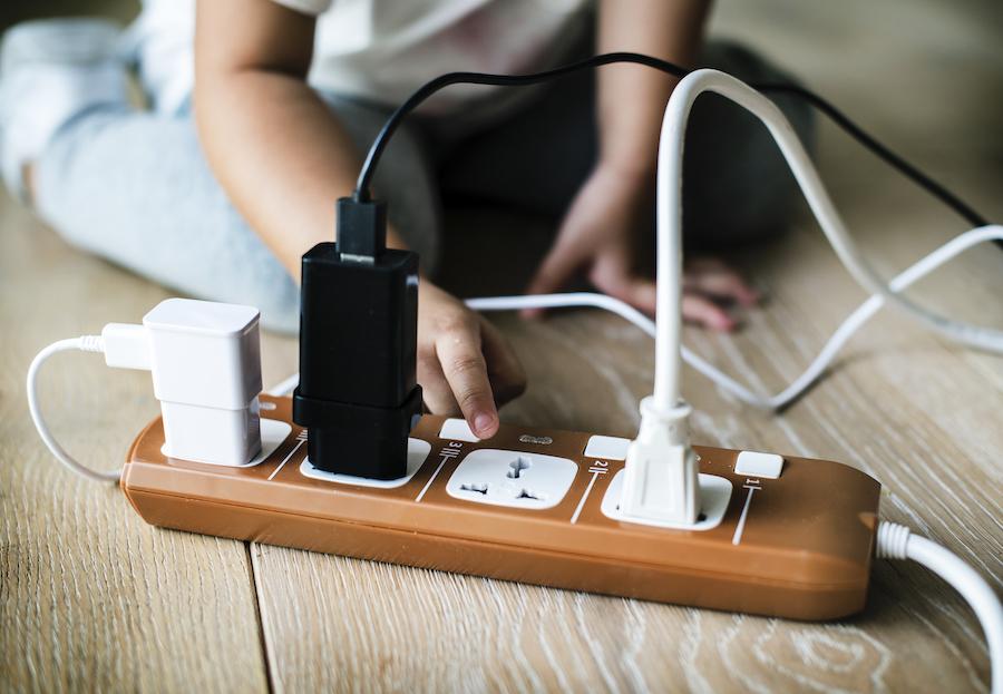 Pericole ale instalatiilor electrice